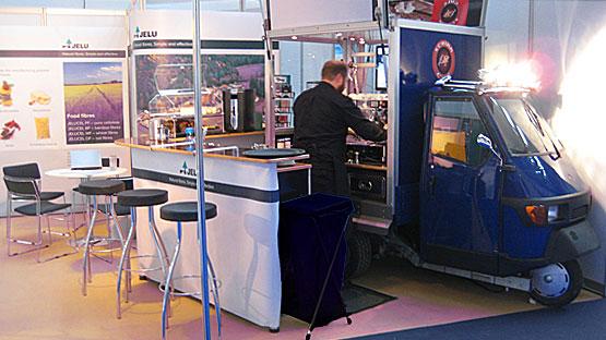 Der Messestand  des Unternehmens JELU-WERK auf der Fachmesse für Lebensmittelinhalts- und Zusatzstoffe (Fi).