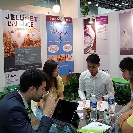 Präsentation von JELUVET® auf der Livestock Asia 2018