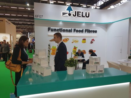 JELU: sales employees talking to potential customersat at FIE 2019
